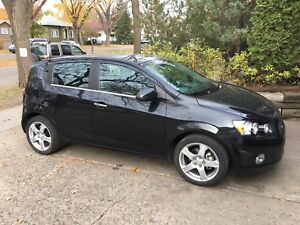 2013 CHEVY SONIC LTZ, 60 MPG HIGHWAY, 6 SPEED TURBO!! LOW KMS
