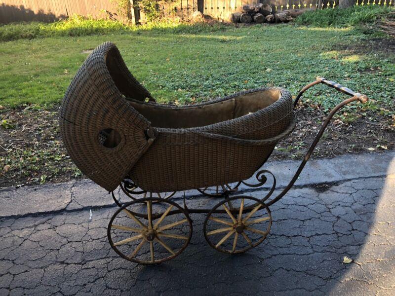 Heywood Bros & Wakefield Company Vintage Stroller Chicago, Illinois