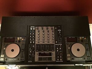 Dj console and speakers