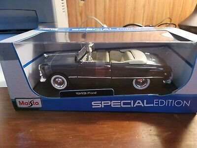 1949 Ford Special Edition Convertible Maisto 1:18  Diecast Metal Model Car