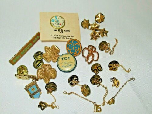 Vintage Mixed Lot of 27 Early Girl Scout Pins Trefoil Eagle Elf Stars Years More