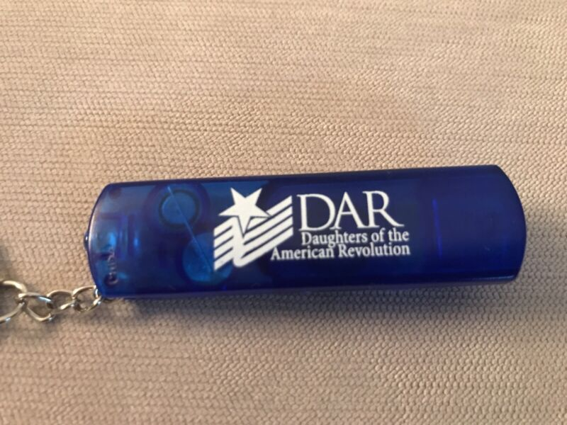 DAR Daughters of the American Revolution Key Chain w/ Light & Compass - NEW