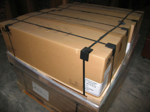 APC SURT192RMXLBP3U Smart-UPS RT 192V RM Battery Pack NEW BATT