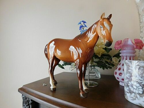 Metlox Manufacturing Co Bay Horse Original Sticker Figure