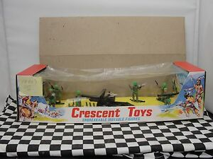 CRESCENT TOYS 1960'S COMMANDO SET NO. 3000  NEW OLD STOCK BOXED