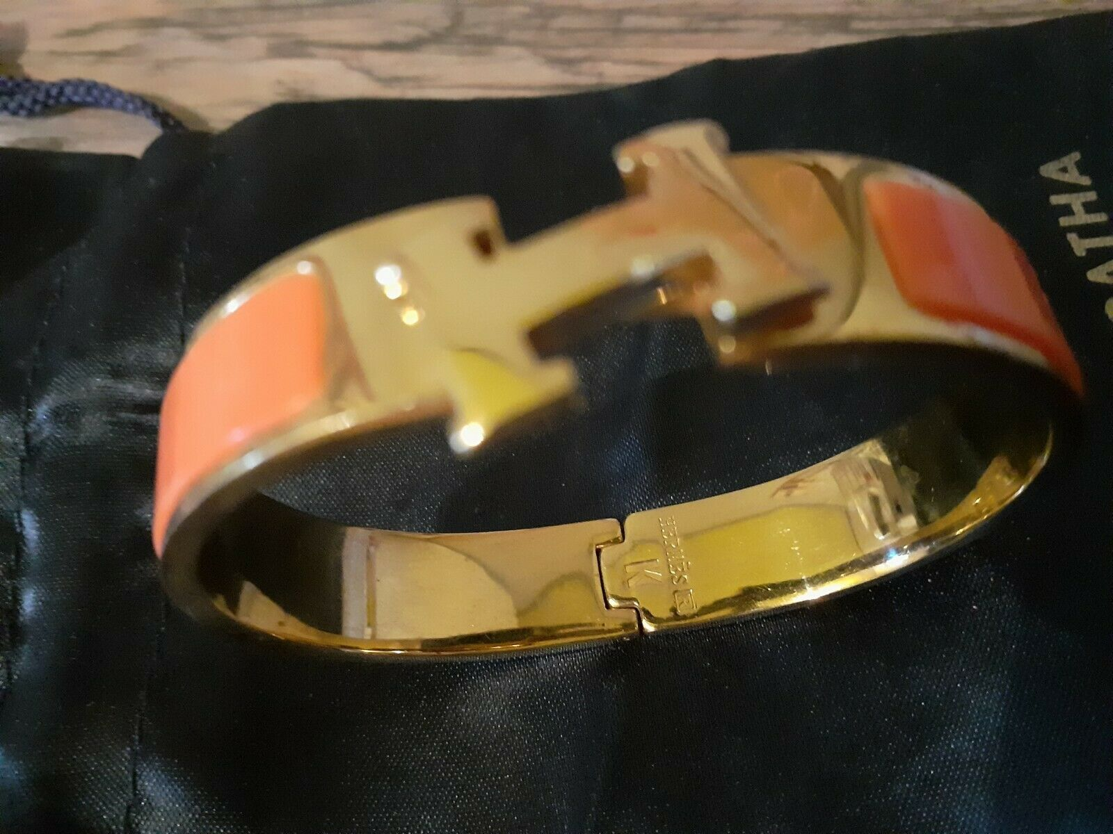 Hermes bracelet clic clac h orange diametre 6 cm largueur 11 mm