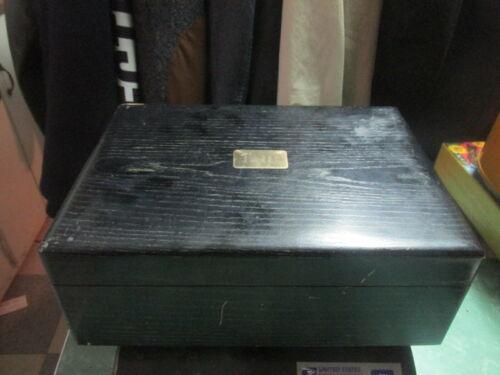 Deco Decatur Industries Humidor Wood Box black with cedar lining