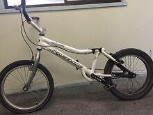"Raceline Rhino 20"" trials pushy bike Greensborough Banyule Area Preview"