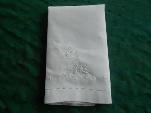 BUTTERFLY AND FLOWER HAND EMBROIDERED WHITE TOWEL IN VERY GOOD COND. CIRCA 1930