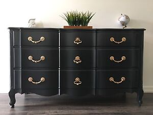 SIDEBOARD/DRESSER - Must See! - FREE DELIVERY