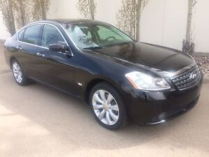 2006 Infiniti M35X, Nav, Back up cam, cooled seats, rear DVD!