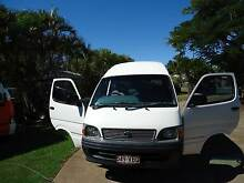 2000 Toyota Commuter Bus Model LH125R Kalkie Bundaberg City Preview