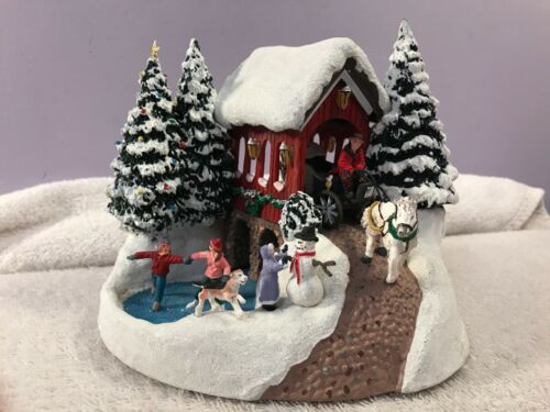 Christmas village Kinkade Country Memories lighted EX6822