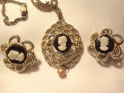 Vtg CAMEO Jewelry Demi Parure Pendant & Clip Earrings White on Black Gold Tone