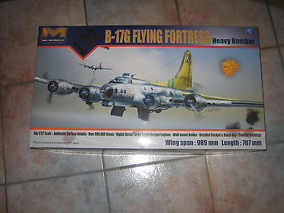 ON SALE!!! B17G Flying Fortress 1/32 HK Models.