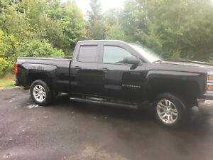 2014 Chevrolet Silverado 1500 25,500 plus TAXES