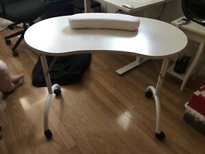 Table à manucure