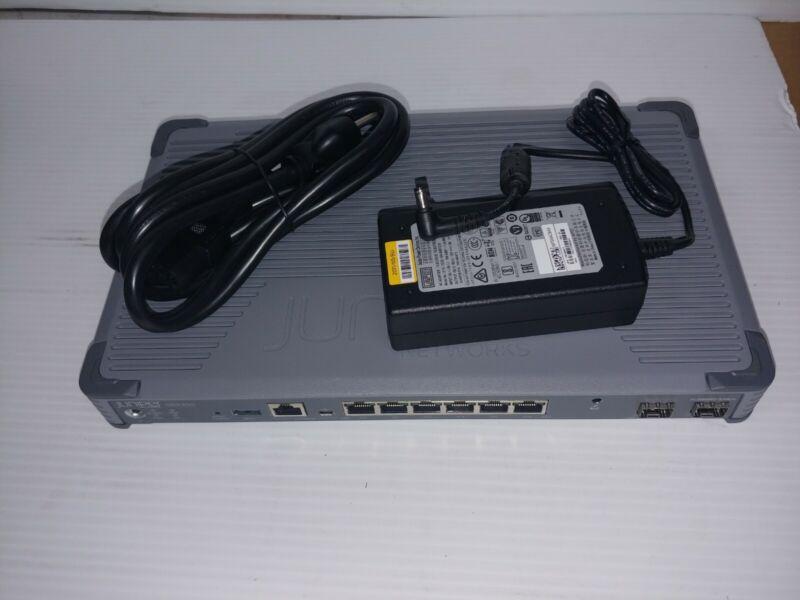 Juniper Networks SRX300 Services Gateway w/ power supply