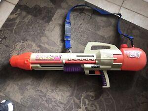 Super Soaker CPS 2500 Water Gun