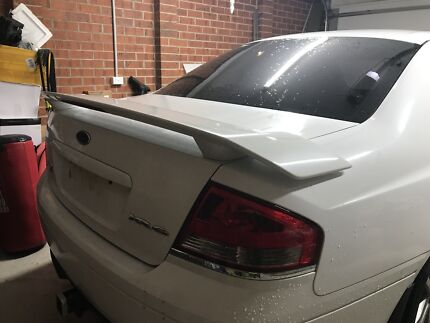 Xr6 boot lid and spoiler