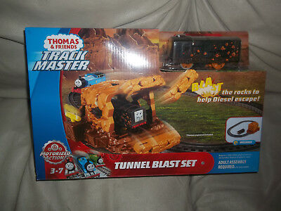 Thomas & Friends Tunnel Blast Set With Exclusive Diesel Train set New