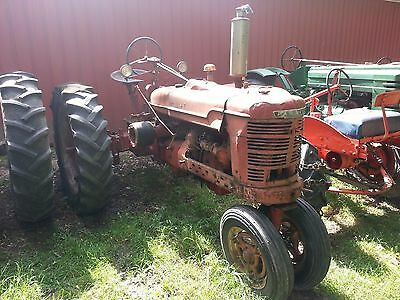 1945 International Harvester Farmall H Farm Tractor