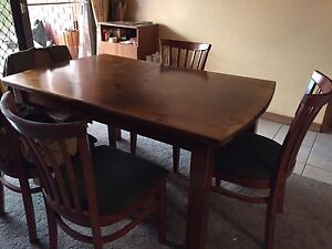 Dinning table and chairs Echuca Campaspe Area Preview