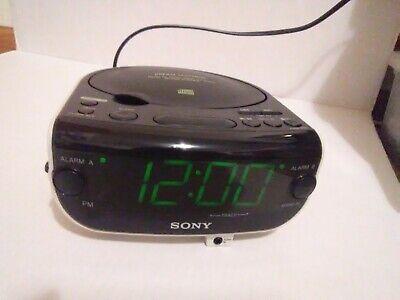 Sony CD Clock Dream Machine ICF-CD815 AM FM Radio Dual Alarm AUX Input CD Player