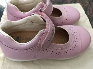 Geox girls shoes size 9