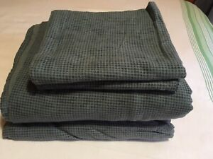Like new Flannel King Sheet Set