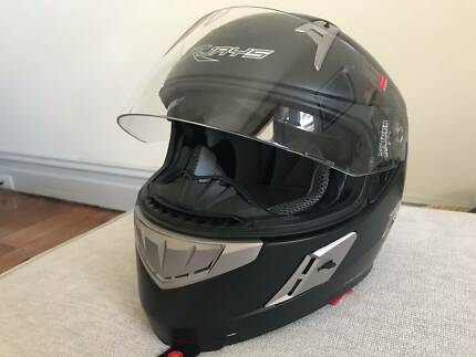 Rjays Women's XS Motorcycle Helmet - Like new