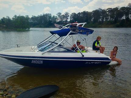 Awesome Family fun boat Larson LX 195S Coffs Harbour 2450 Coffs Harbour City Preview
