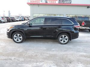2016 Toyota Highlander Limited Local One Owner, Leather, Heat...