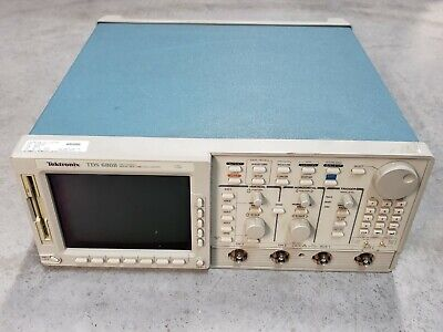 Tektronix Tds 680b 2-ch Real Time Digital Oscilloscope 500mhz 1gss