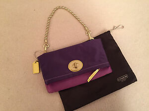 Coach clutch with optional strap - as new with dust bag & care cards Mosman Mosman Area Preview