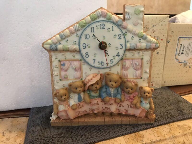 Enesco 1995 Cherished Teddies Our Cherished Family Clock