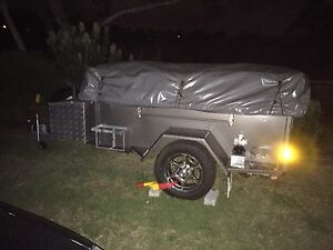Blue tongue semi off-road deluxe camper trailer Engadine Sutherland Area Preview