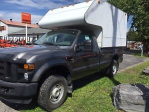 Ford F-250 xl space cab