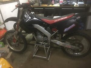 CR125R 2 STROKE NEEDS NEW RIDER