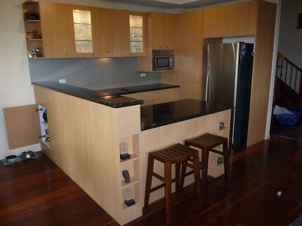 Complete Beautiful townhouse kitchen for sale Bulimba Brisbane South East Preview