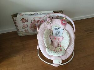 Girl baby bounser Pacific Pines Gold Coast City Preview