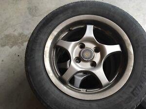 Mags et pneus 14 pouces
