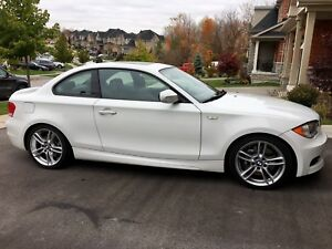 2010 BMW 135i M Sports Package - LOADED & IN EXCELLENT CONDITION