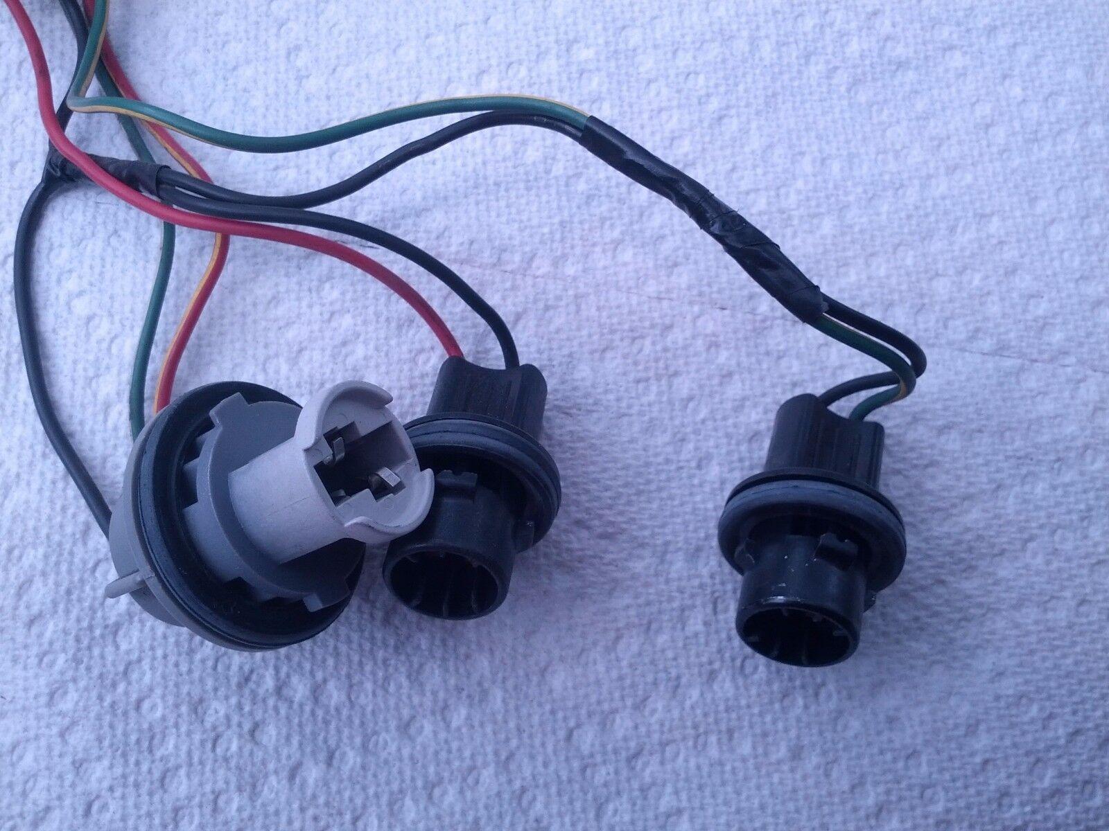 used suzuki grand vitara tracker lx7 tail light wiring. Black Bedroom Furniture Sets. Home Design Ideas