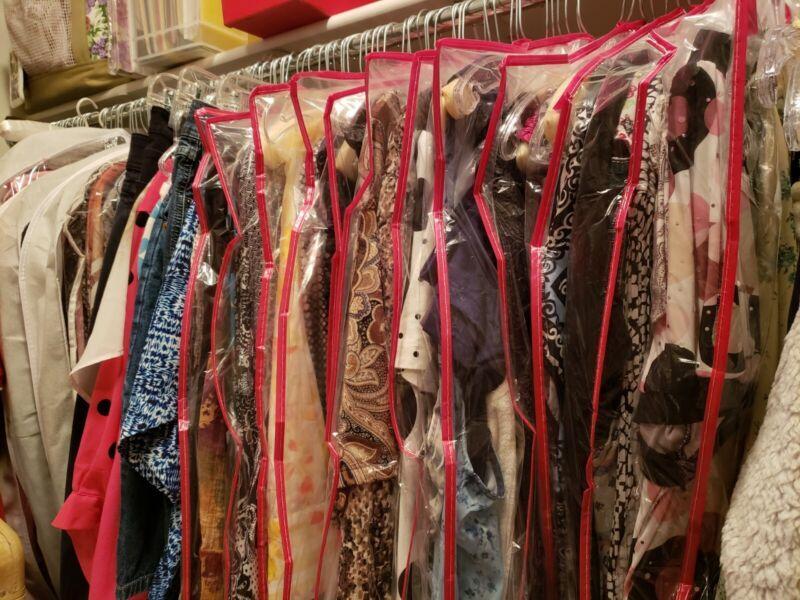 Plus Size Women Clothing Lot 16-18. 1X-2XL shoe size 7.5-8, purses, accessories,