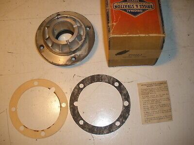 Briggs Stratton Gas Engine Bearing Support Assy. 291662 New Old Stock Vintage