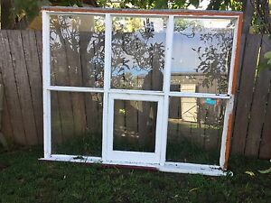 Large window Sorell Sorell Area Preview