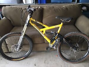 Cannondale DH Mountain Bike