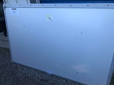 Smart Sbm685 87 Interactive Whiteboard W Kit Pen Tray Used Solid Condition