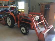 Kubota L2202DT 26 HP Diesel  4WD Tractor Cashmere Pine Rivers Area Preview